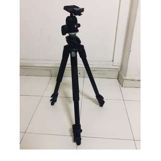Manfrotto 190XPROB 3-Section Aluminum Pro Tripod with Manfrotto 496RC2 Ball Head with Quick Release