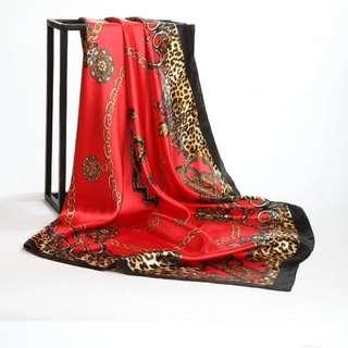 New 90 x 90 cm silk scarf 絲巾