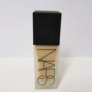 NARS All Day Luminous Weightless Foundation Ceylan Light 6