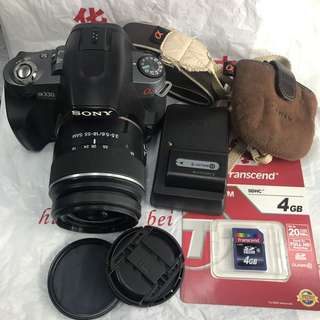 Sony A330 alpha with 18-55mm and accessories (10mp good for beginners)