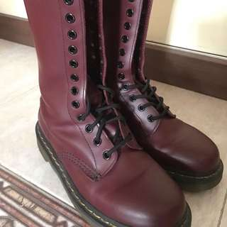 Dr.Martens Boot Cherry Red