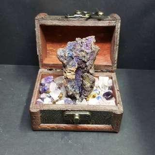 Leklai in Treasure Box