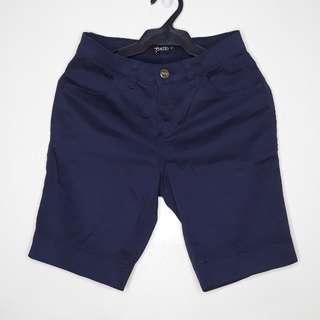 Capri shorts in Navy blue