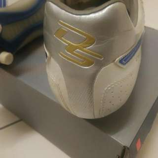 Asics DS Light SI - Leather soccer shoe