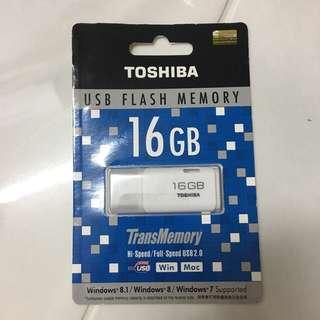 Toshiba 16GB Thumbdrive USB