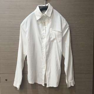 白色柔軟長版襯衫