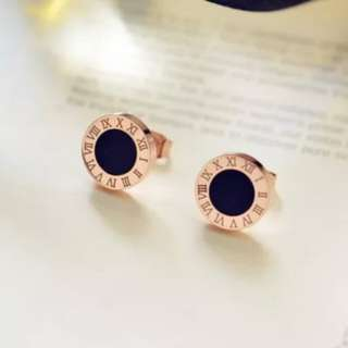 🆕 Free Postage 18K KOREA style Earrings rose gold color