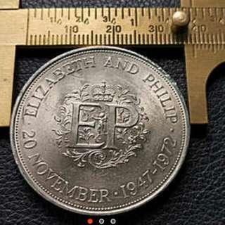 英國纪念幣全新1972年英女王銀婚纪念幣EP 38mm大币克朗幣