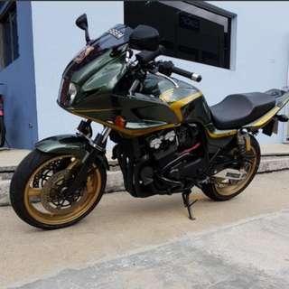 Honda CB400SB Spec 3