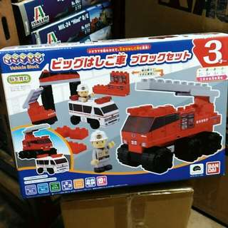 全新Bandai Mega Bloks Rescue Vehicle Set