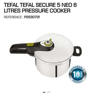 Tefal pressure cooker secure 5 neo (never used)