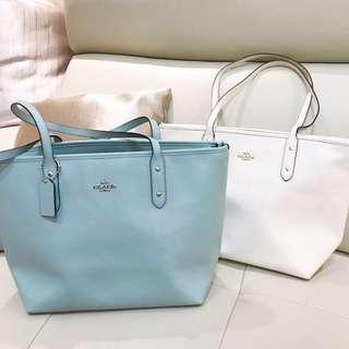 [全新6折] Coach真皮海藍色上膊側孭袋