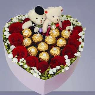 2018 Valentine Special: Chocolate Roses & Teddy Bear