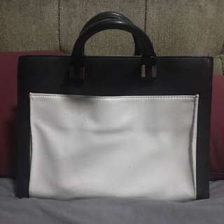 Zara Black & White Bag - Very Good Condition