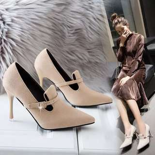 Korean version of the 2018 spring pointed tip with high heels women's singles belt buckle wild work shoes