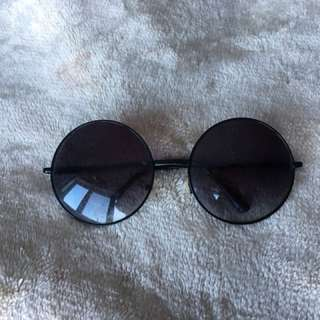 Oversized Black Frame Hippie Sunglasses
