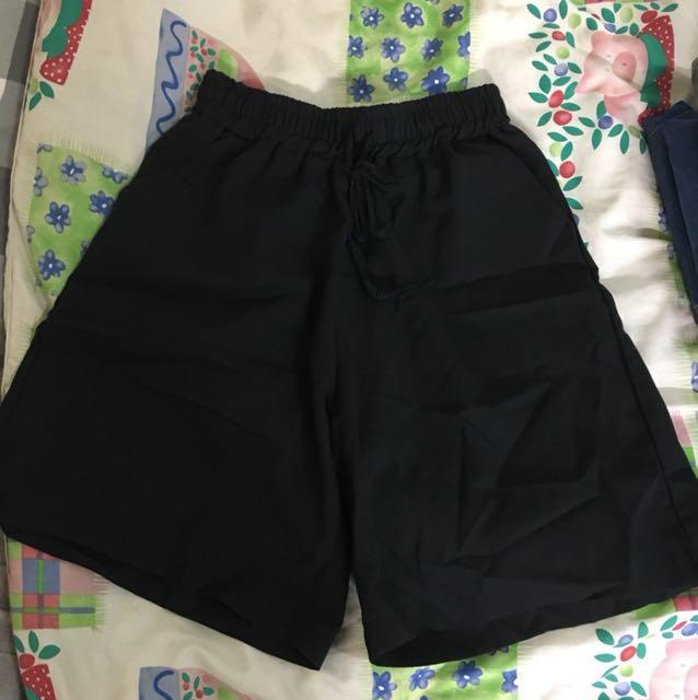5分黑色款寬褲