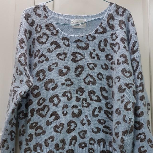 可愛豹紋毛衣