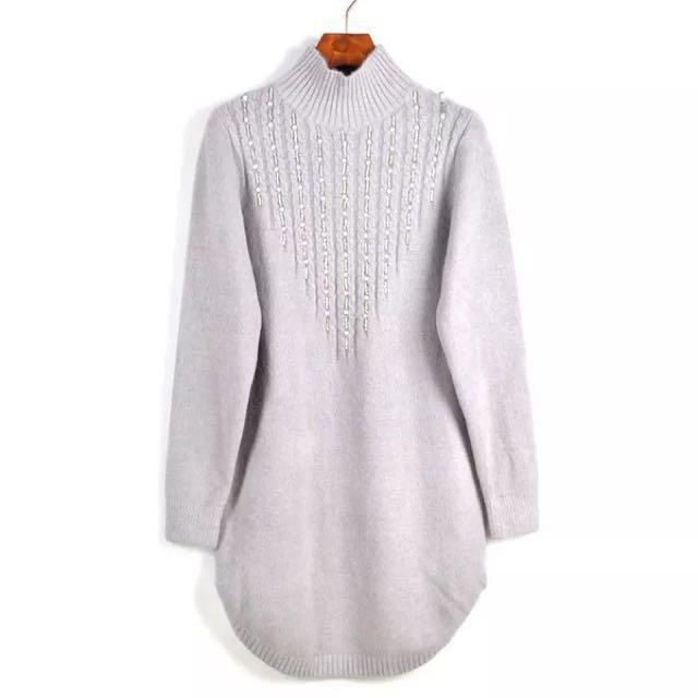 半高領釘珠中長版毛衣