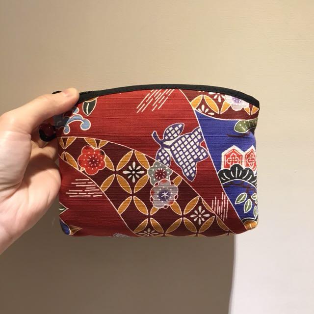 日本刺繡小包