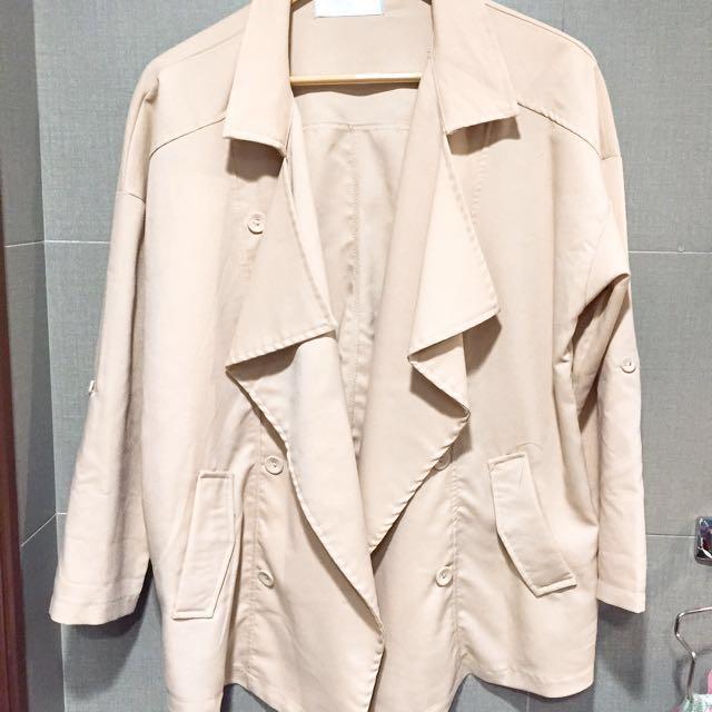 (近全新)韓版厚雪紡杏色簡約俐落外套