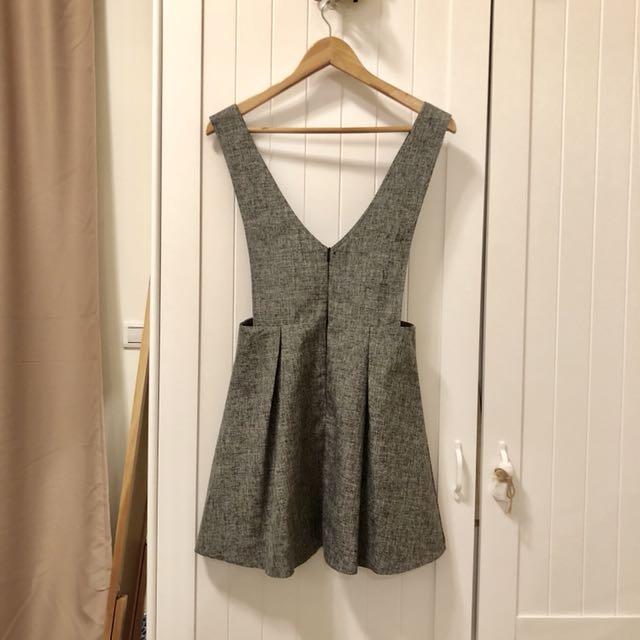 🇰🇷 淺灰下襬打摺吊帶裙