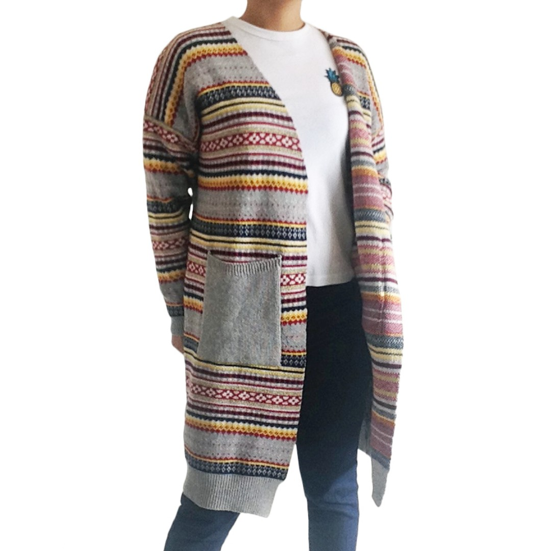 🆕 Textured Knitted Cardigan