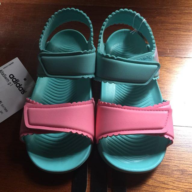 Adidas altaswim sandals