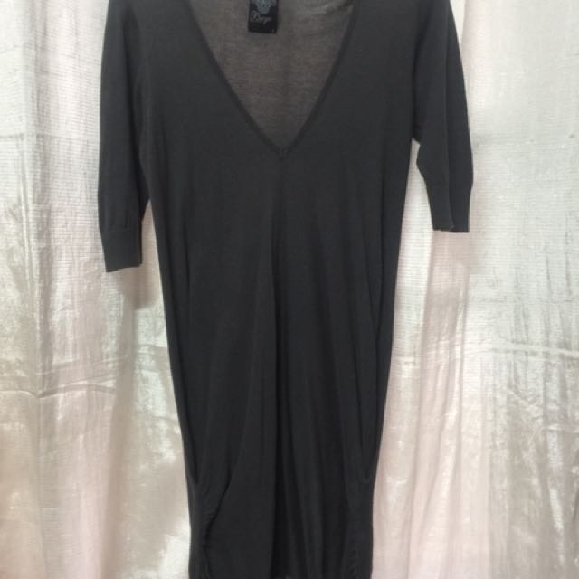 Bayo Dress - Never worn - Fits up to L