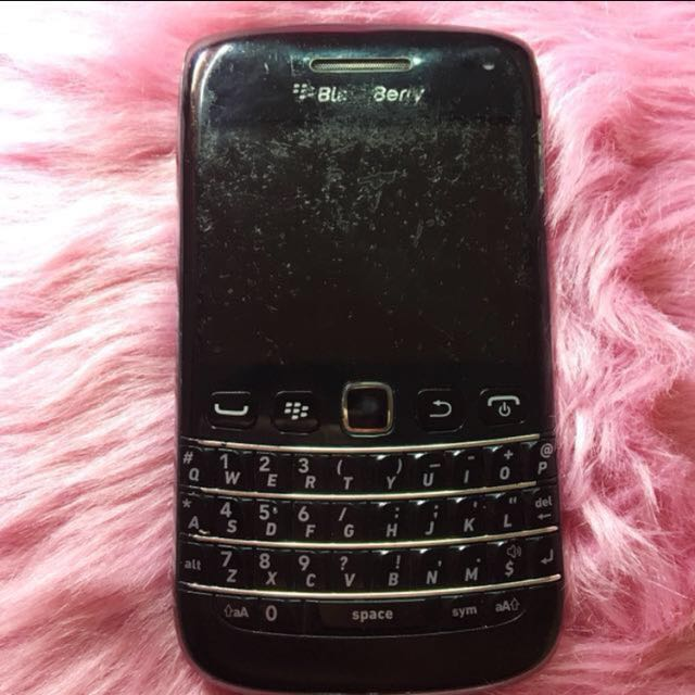 Blackberry Bold Touch and Type