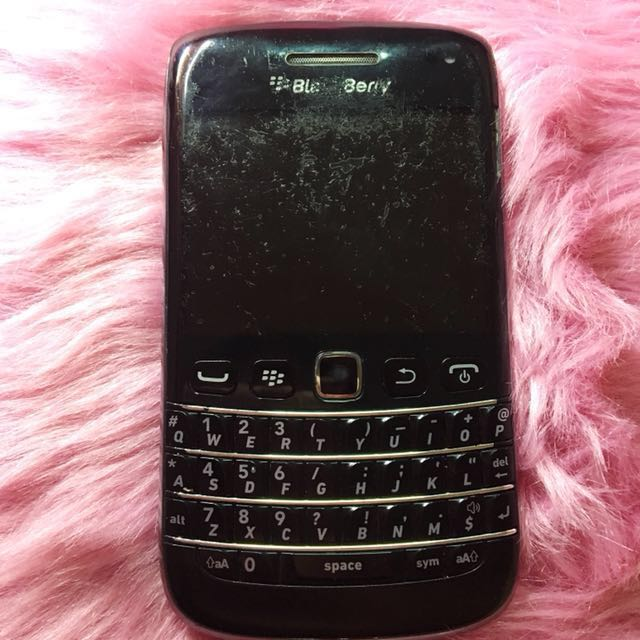 Blackberry Bold Touch and Type (open for swap)