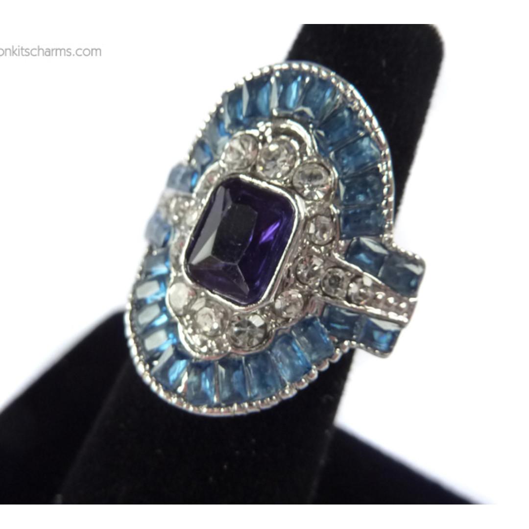 Blue Rhinestone Chunky Ring BN Brand New