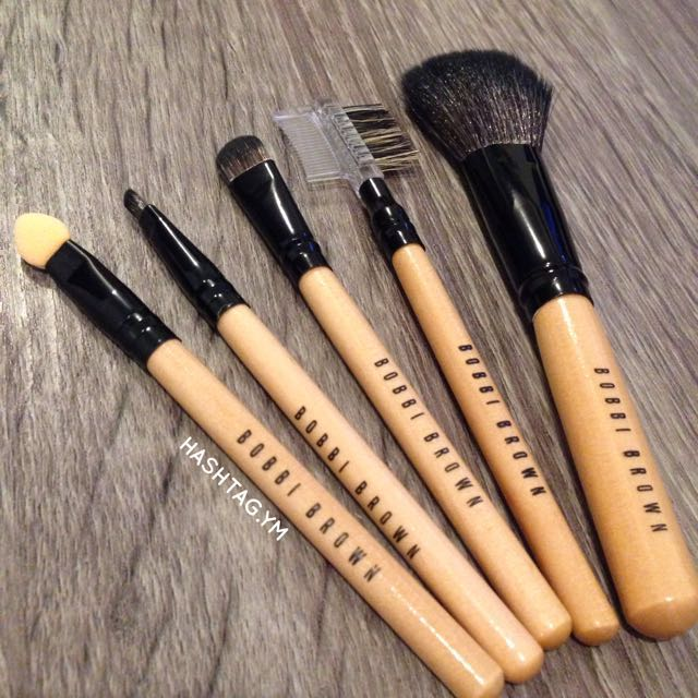 Bobbi Brown 5pcs Basic wood brush