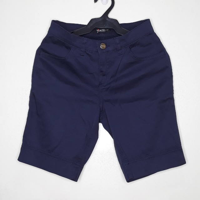 Capri shorts in Navy blue