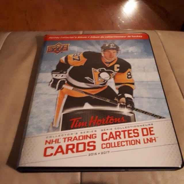 Complete set of 2016-2017 Tim Hortons collectible hockey cards