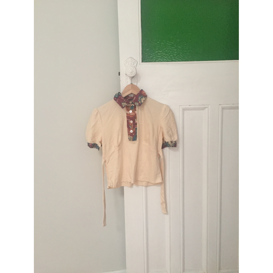 Cream and Pink Printed Collar Vintage Top