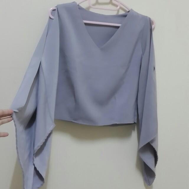 Cut out cape top