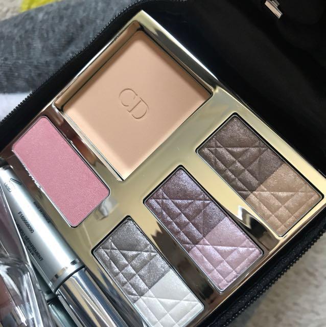 Dior travel Palette
