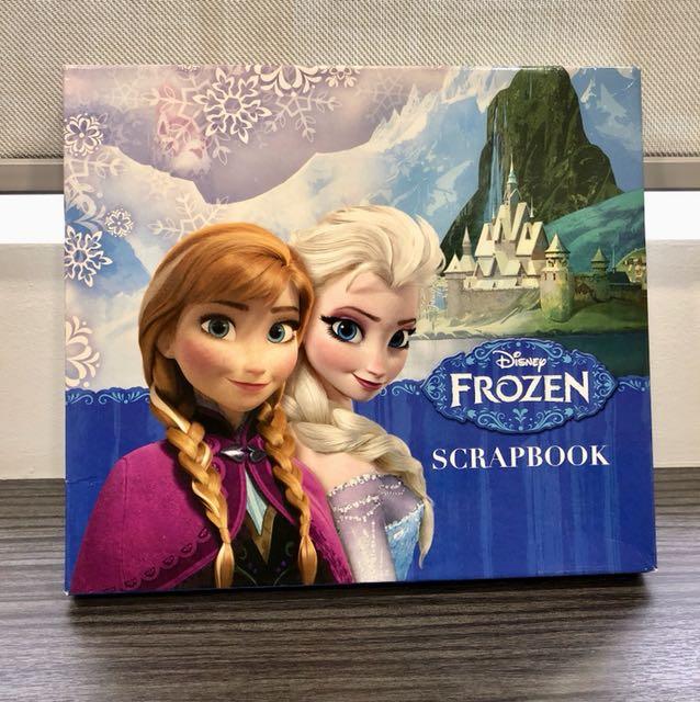 Disney Frozen Scrapbook