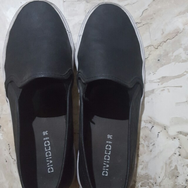 Divides by H\u0026M black loafers, Women's