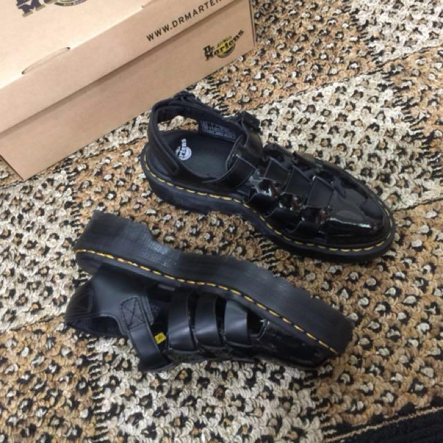 Dr.Martens(馬丁)厚底漁夫尖頭鞋