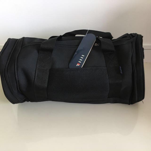 e8679ebad647 Fila Sport Bag