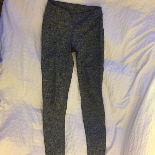 Grey TNA leggings