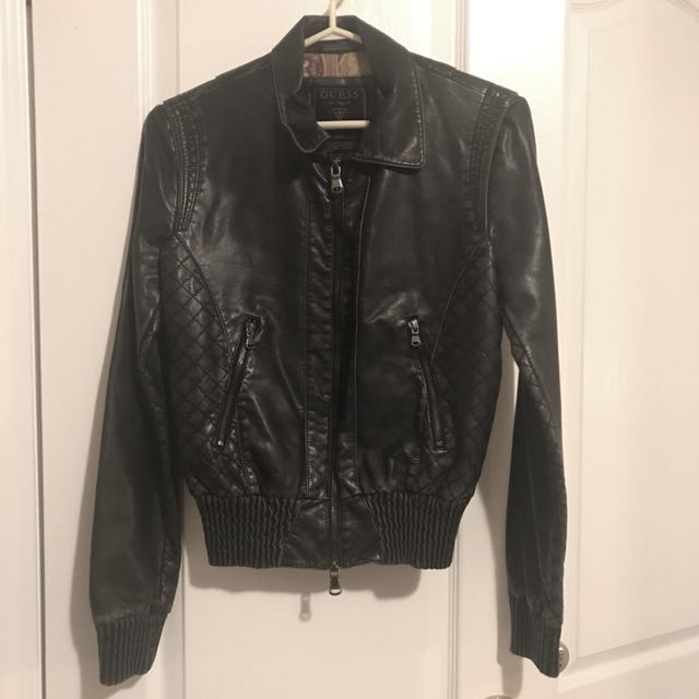 🌸GUESS Leather Jacket/ Bomber