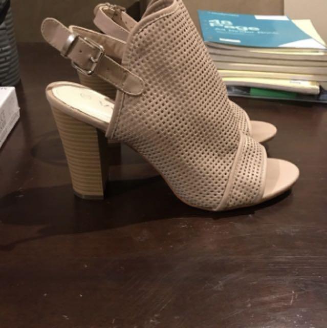Heels size 10