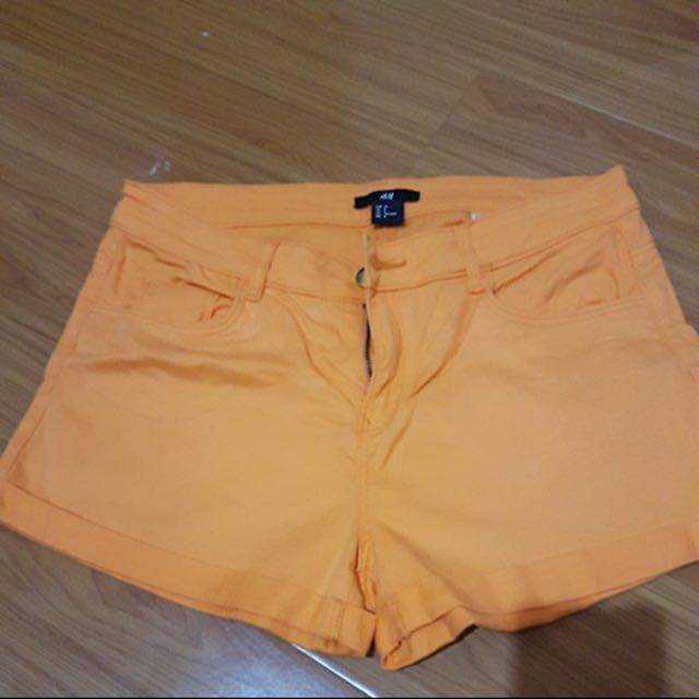 Hnm orange hotpants