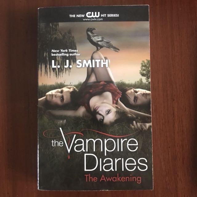 Import book: The Vampire Diaries- The Awakening