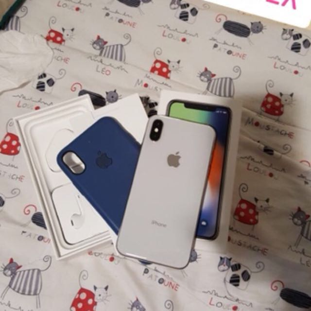 iPhone X 64Gb Silver 1month Used