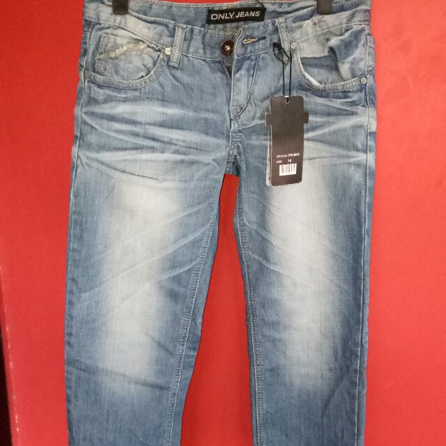 Jeans selutut size 29