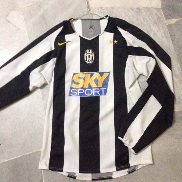 new arrival e44d0 eee1f Juventus FC 2004/2005 Jersey